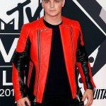 Martin-Garrix-Red-Black-Jacket-3